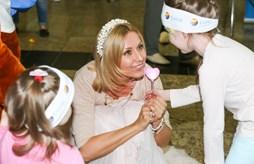 Аниматоры Coral Travel развлекали детей в Шереметьево